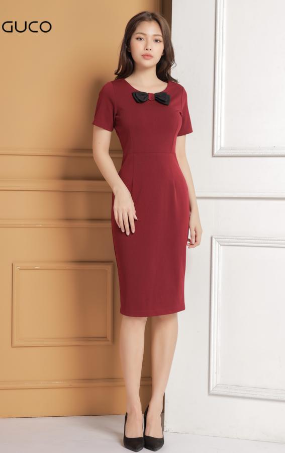 Đầm công sở dáng ôm body có phối nơ cổ 1632 màu đỏ