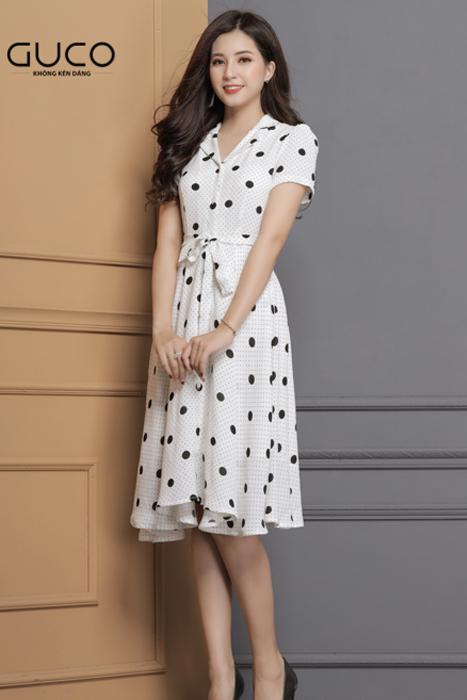 Đầm xòe dạo phố màu trắng phối chấm bi đen 1670
