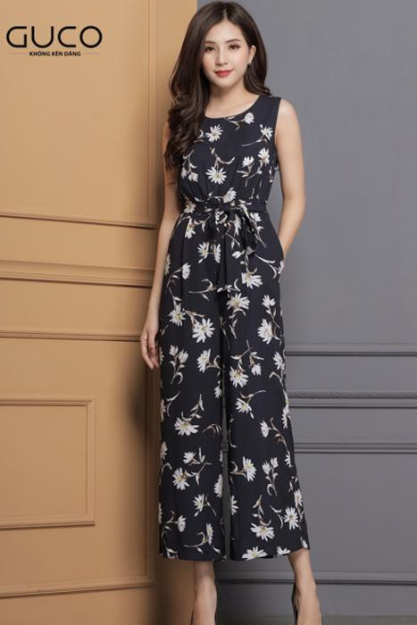 Jumpsuit màu xanh đen in họa tiết hoa 1690